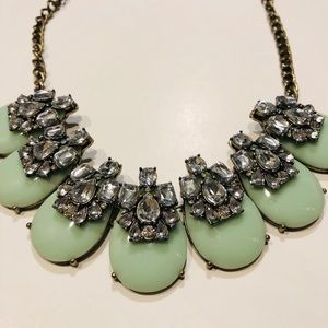 BaubleBar chunky statement necklace